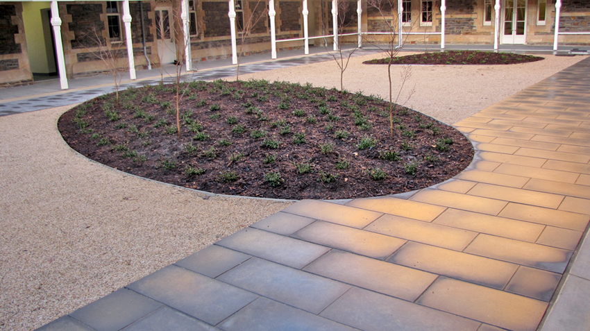 Large format paving noble landscapes landscape design for Paving and landscaping adelaide